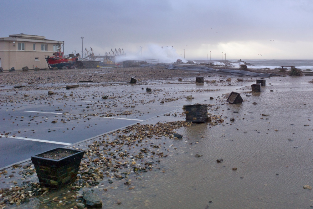 Stormy Start to 2014 at Kilmore Quay (5/6)