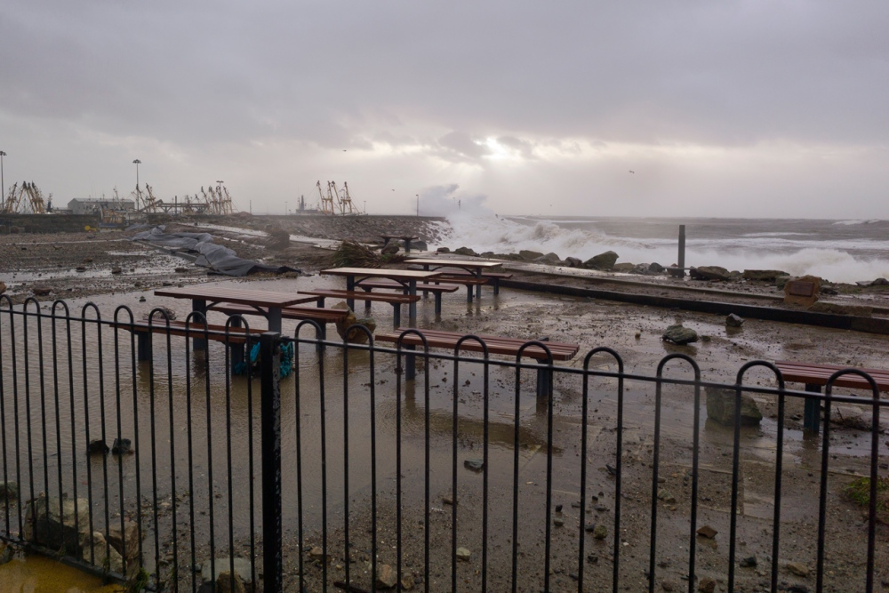 Stormy Start to 2014 at Kilmore Quay (2/6)